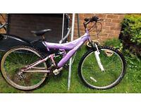LADIES MOUNTAIN BIKE/BICYCLE