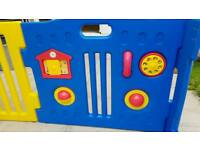Plastic playpen (large)