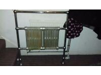 Old fashioned heavy metal radiator needs a little restorat5restoration.