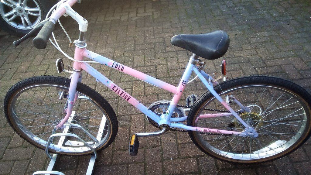 """Raleigh Coco Girls Bicycle 24"""" wheels"""