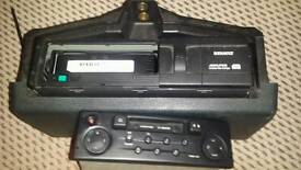 Renault cassette , radio and cd changer used and working