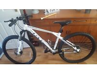 GT Avalanche Comp 2015 Mountain Bike - Never Used