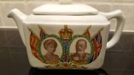 Ringtons commerative tea pot