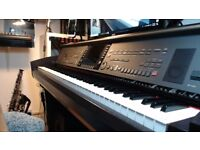 Yamaha cvp 307 in excellent condition
