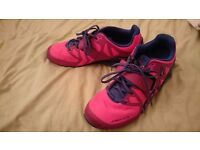Ladies size 6 weightlifting trainers