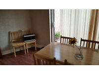 Double room available in Perivale to a couple or single people