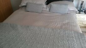 King Size Bed RRP £1500 Price Drop for quick sale MUST GO