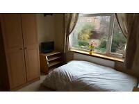 Spacious furnished large room to rent, 11ftx11ft, bills inc (ex food) short/long term,Mon-Fri rental
