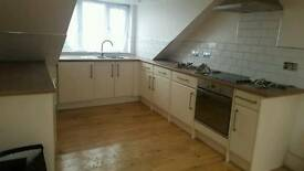 Large 1 bedroom loft flat in Kingswood