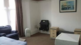 Modern self contained fully furnished studio flat is available-Preston New Road-Blackburn-£55 week