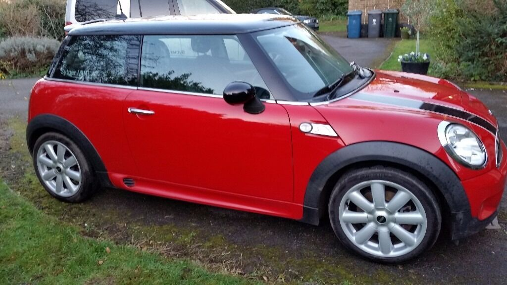 2007 mini cooper s r56 red sunroof chilli pack xenon headlights dab radio half leather in. Black Bedroom Furniture Sets. Home Design Ideas