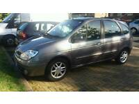 Renault Scenic '52 plate