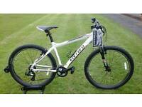 BRAND NEW / UNUSED CARRERA VALOUR 27.5 / 650B MOUNTAIN BIKE * FULLY SET UP *