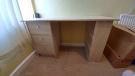 Desk for Sale £20 Good as New