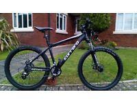 ⚡️Desirable Carrera Vengeance Bike..Disc Brakes..£175⚡