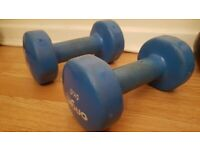 2x 5kg handweights for sale - good condition