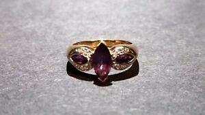 Ladies Diamond & Amethyst Gold Ring