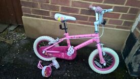 For sale Childs bike, very good condition , includes stabilisers