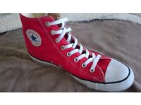 Converse All Star Chuck Taylor Red Unisex high top Trainers size 9