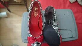 Brand new lady's shoes