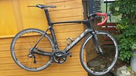 RIBBLE AERO 883 CARBON ULTEGRA Di2 ROAD BIKE WITH SHIMANO RS81 C35 Carb Clincher 10/11 WHEELS