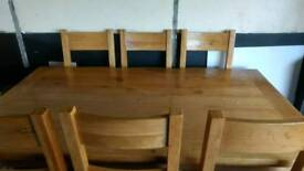 Solid heavy oak dining table & 6 chairs