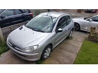2003 peugeot 206 1.4 HDI CAT D.. 71505 miles.. £30.00 road tax.. great runner... £850 ono