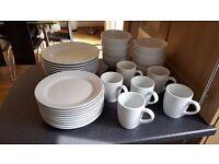 33 piece dinner set (plates, bowls, mugs)