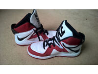 REDUCED PRICE Nike high top basketball shoes/trainers UK size 5.5 (38.5)