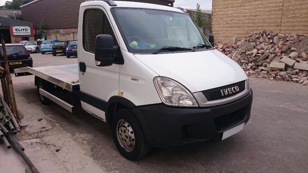 Iveco Daily 35s12 2011 61 reg recovery truck with new body abd winch