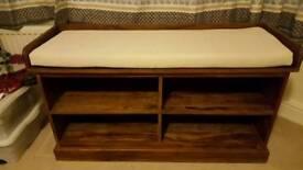 Storage seat