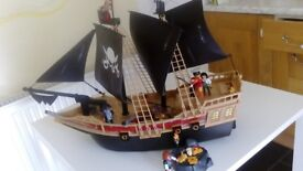 Playmobil - Pirate Raiders' Ship (6678). Used but in good condition