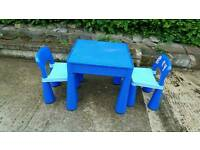 Childs Lego Table, Chairs & Lego