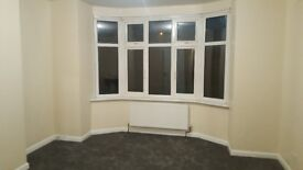flat to rent in high wycombe very large 2 bedroom /rooms