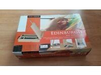Daler Edinburgh Artists Table Easel Storage Box (store pastels oil acrylic paint