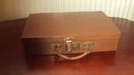 ANTIQUE / VINTAGE TRAVELLING WRITING CASE LEATHER WITH KEY