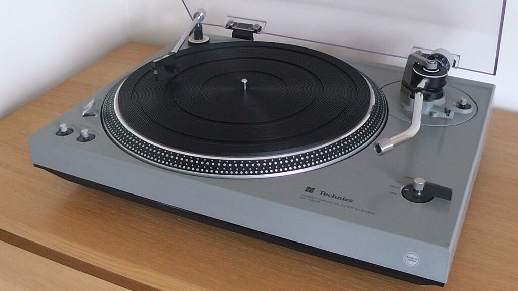 Technics sl 1500 direct drive turntable in leighton for Direct drive turntable motor