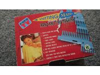 Handknitting machine