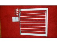 LINDAM SURE SHUT AXIS PRESSURE FIT SAFETY CHILD STAIR GATE