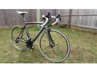 Orbea Orca B105 mens road bike. Carbon F&F & seat post. Medium. Excellent condition.
