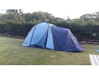 Vango Idaho 400 4 person tent with 2 sleeping pods