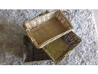 A set of 3 wicker baskets in nice condition