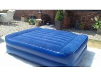 Blow up bed