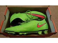 Nike Mercurial Football Boots (size 7)