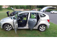 Luxury Honda FRV MPV(6 Seater) Diesel Sport Model Reliable Car Cruise Control 6 Cd Changer