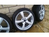 Excellent Set of 4 x 17 Inch Alloy Wheels with Branded Nankang 6mm Tyres