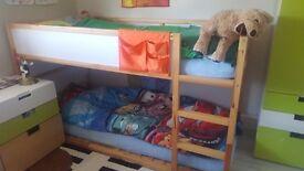 Kura reversible bed with 2 mattresses
