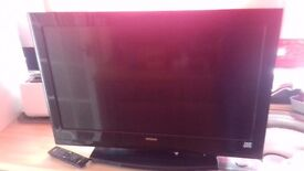 Tv Hitachi 32 inch SOLD SOLD SOLD pending collection.