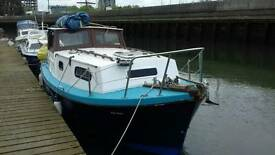 22 ft Boat Could live on Moored Ipswich Water Front with Showers