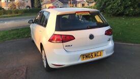 VW White Golf Bluetech Motion S 105 1.2
